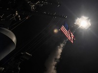 Ông Trump từng ra lệnh không kích Syria như thế nào?