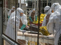 Chủ động giám sát dịch Ebola tại cửa khẩu và cộng đồng