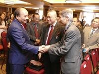 Thủ tướng gặp bà con người Việt ở Canada