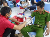 """Hơn 600 đơn vị máu tại ngày hội hiến máu """"Chủ nhật đỏ"""""""