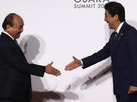 Thủ tướng Nguyễn Xuân Phúc chụp ảnh cùng lãnh đạo các nước G20
