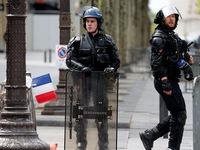 Livestream cảnh đánh dập, dọa giết người, cảnh sát Pháp