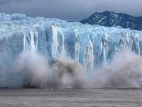 Nắng nóng khủng khiếp, Greenland mất 197 tỉ tấn băng trong một tháng