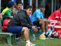 Dàn trợ lý Hàn Quốc nghỉ hết, CLB TP.HCM mời Minh Phương làm trợ lý
