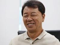 HLV Chung Hae Seong nói báo Hàn viết sai chuyện ông tố CLB TP.HCM