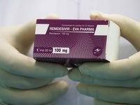 Giá Remdesivir chữa COVID-19 hơn 2.000 USD cao hay thấp?