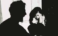 Khởi tố ông lão 79 tuổi nghi dâm ô bé gái 8 tuổi