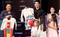 Sĩ Hoàng thực hiện bộ sưu tập áo dài trẻ em vì đại dương không rác thải nhựa