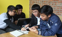 Sinh viên chế tạo máy đọc sách cho người khiếm thị