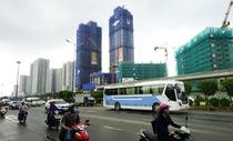 Bộ trưởng Đinh Tiến Dũng nói thuế tài sản sẽ chống đầu cơ đất