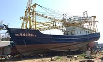 Doanh nghiệp nói ngư dân ngang ngược không nhận tàu vỏ thép 16,5 tỉ