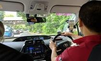 Grab bị Singapore yêu cầu duy trì ứng dụng Uber đến ngày 15-4