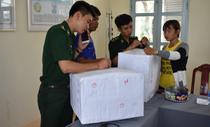Thiếu nữ 16 tuổi nhận 4 triệu để chở 13kg cần sa qua biên giới