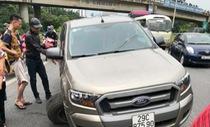 Vì sao Ranger gãy một bánh xe vẫn chạy được ở Bắc Giang?