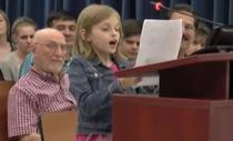 Cô bé 9 tuổi chê cách đánh giá học sinh của bang Florida