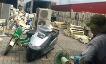 Đau đầu với hàng ngàn container phế liệu dồn ứ tại cảng TP.HCM