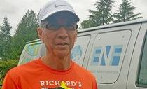 65 tuổi chạy 2.900 km vì bệnh nhi ung thư