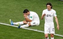 Cavani gợi nhớ Forlan, Suarez đánh mất chính mình