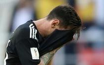 Messi: 'Tôi đau đớn khi đá hỏng phạt đền'
