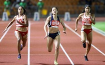 Xem lại cú bứt tốc ngoạn mục giúp Tú Chinh đánh bại VĐV Philippines gốc Mỹ