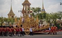 Video: Lễ thu tro cốt của vua Thái Lan Rama IX