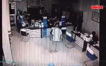 Nhận dạng nghi can cướp ngân hàng ở Vĩnh Long