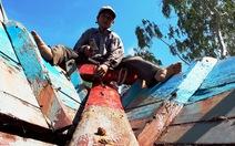 Thợ sửa tàu biển