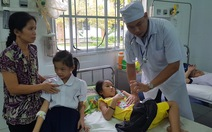 Hậu Giang dừng phát sữa miễn phí sau vụ 500 học sinh ngộ độc