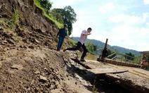 Sông Đồng Nai: cát hút lên, vườn dân đổ xuống