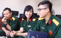 """Trò chuyện với nữ sĩ quan """"mũ nồi xanh"""" đầu tiên của Việt Nam"""