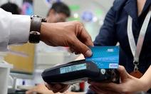 Người Sài Gòn đi ăn nhà hàng phải trả tiền bằng thẻ?