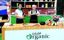 Hào hứng show nấu ăn tươi sạch tại siêu thị