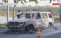 Bắt nhóm nghi can đốt xe, giết người nhờ vết thương của tài xế