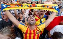 Những hình ảnh của buổi sáng chấn động ở xứ Catalan