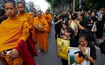 Thái Lan quyết cấm chùa chiền đòi cúng dường