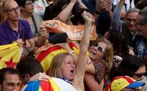 Catalonia tuyên bố độc lập