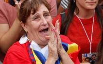 Phương Tây ủng hộ Tây Ban Nha
