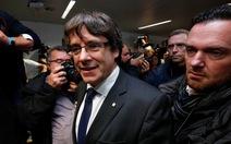 Cựu thủ hiến Catalonia 'nộp mình' ở Bỉ và bị giam ngay