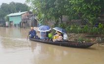 Lũ cuốn chìm xuồng ở Phú Yên, 1 người chết