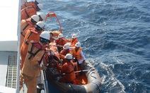 Ba ngư dân hôn mê sâu do ngạt khí gas hầm lạnh