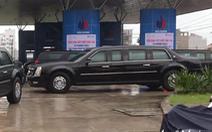 Đoàn xe 'Quái thú' mua một lúc hơn 750 lít xăng
