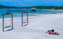 Biển xanh, cát trắng, nắng vàng cùng em ở Koh Rong