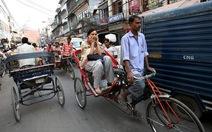 Ấn Độ: Phải học giới tính mới được lái taxi, chạy xe đạp thồ