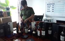 Đà Nẵng: Phá vụ nhập lậu hơn 1.000 chai rượu