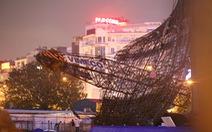 Hà Nội: Cần cẩu xây dựng đổ sập trong đêm