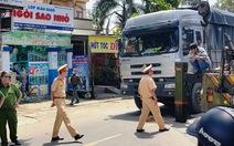 Cụ bà nhặt ve chai bị xe tải đụng tử vong ở Sài Gòn