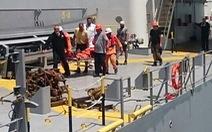 Cứu thuyền viên nước ngoài bị nạn ở đảo Bạch Long Vỹ