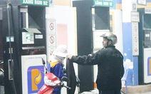Nghệ An phạt gần 900 triệu đồng các trạm xăng dầu 'bẩn'