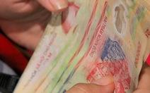 Thu tiền sai, 14 trường ở Cao Lãnh phải trả lại phụ huynh
