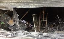 Cháy rụi cửa hàng đồ chơi, 3 người thoát nạn